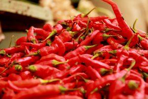 【蒙古タンメン押し】辛いものを食べると汗が出るけど、それは健康と関係あるのか?