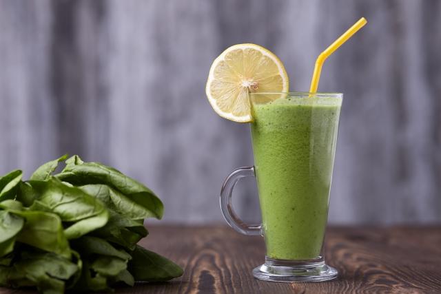 豆乳 × 小松菜 × ブルベリージャム(少々) × すっきりフルーツ青汁