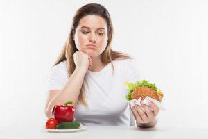 ダイエットが成功しない理由!我慢することは心のバランスを崩す